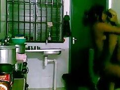 বাড়ীতে বাংলা দেশের চুদা চুদি তৈরি