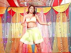 দিন ড্রিম বাংলা নতুন চুদা চুদি 2 (লোমযুক্ত / লাতিনা)